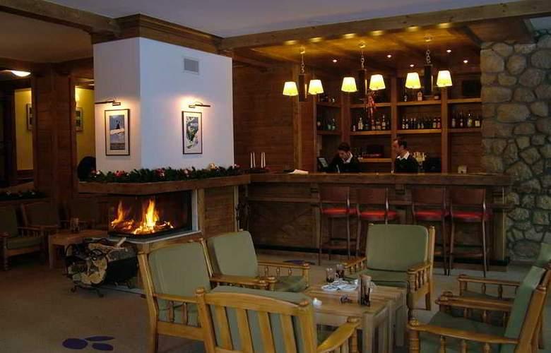 Poiana Hotel - Bar - 6
