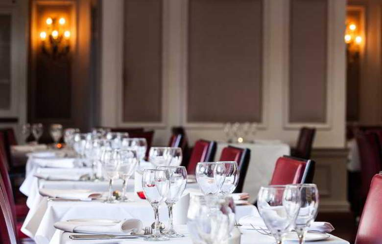 Down Hall Country House - Restaurant - 35