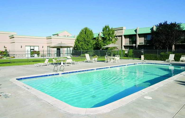 Holiday Inn Express Salt Lake City - Pool - 3