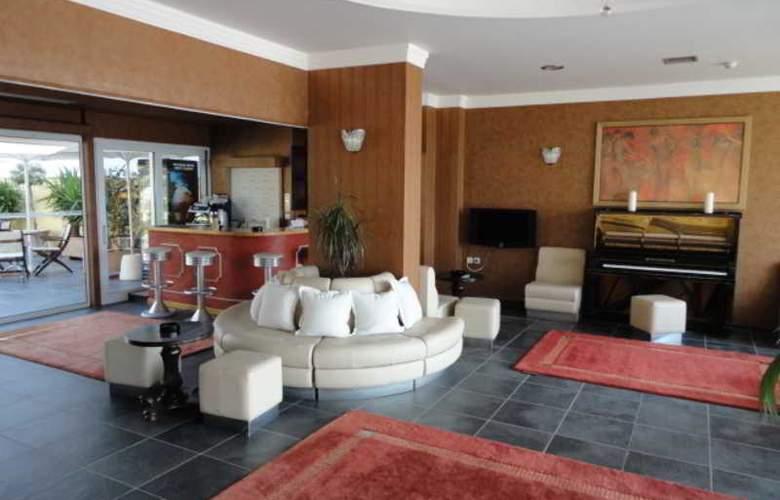 Cristina Maris Hotel - General - 9