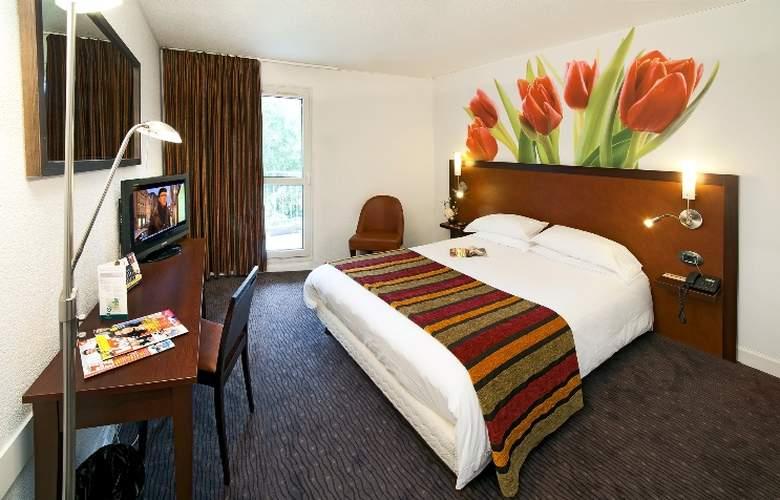 Qualys-Hotel Golf Paris Est - Room - 4