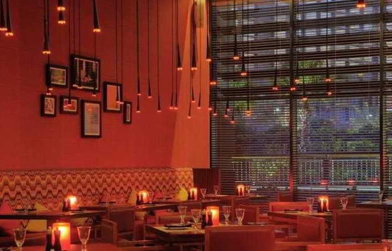Park Inn Abu Dhabi - Restaurant - 4
