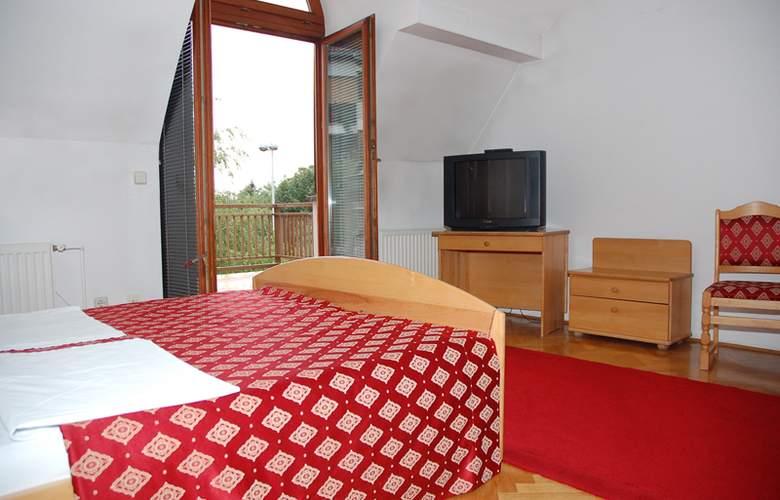Vienna - Room - 1