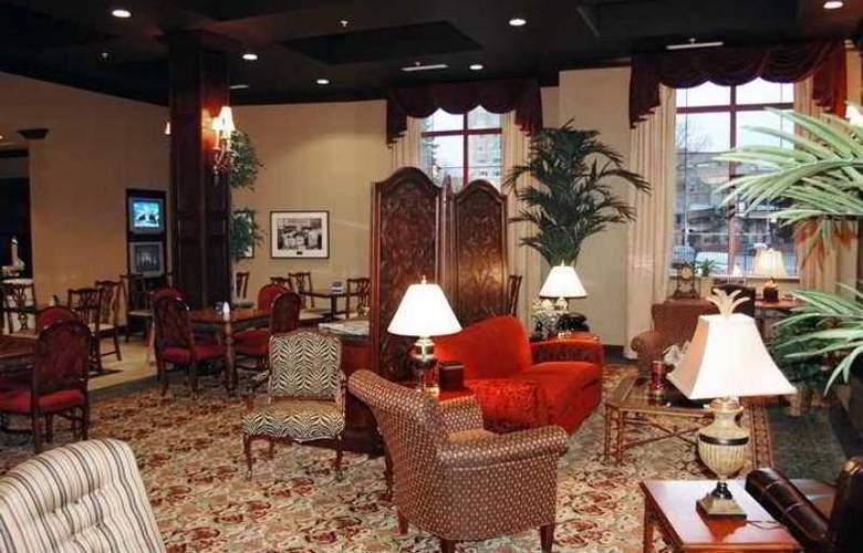 Hampton Inn & Suites Albany Downtown - Hotel - 3
