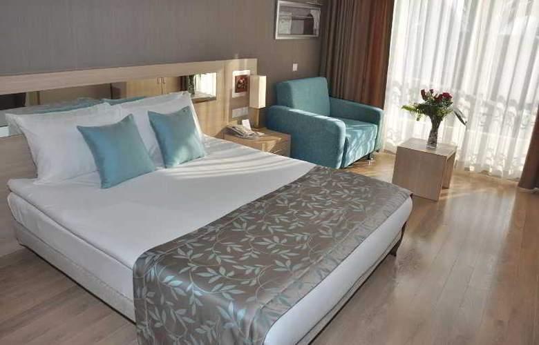 Novia Lucida Beach Hotel - Room - 2