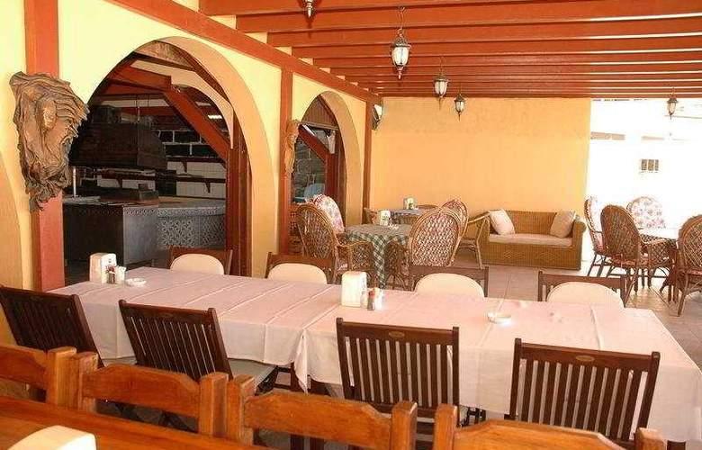 Summer Sun Beach Hotel - Restaurant - 8