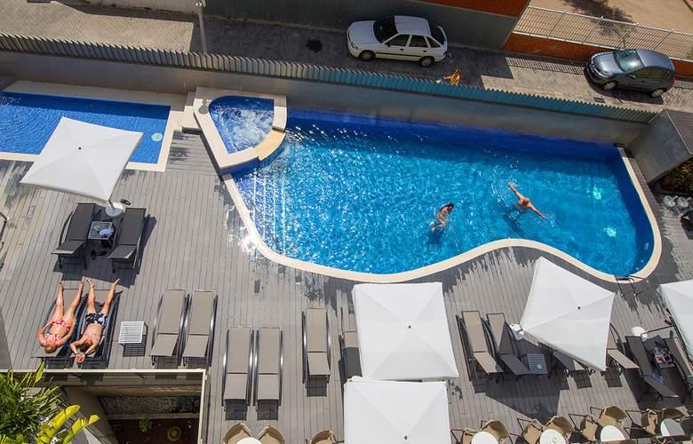 RH Vinaros Aura - Pool - 3