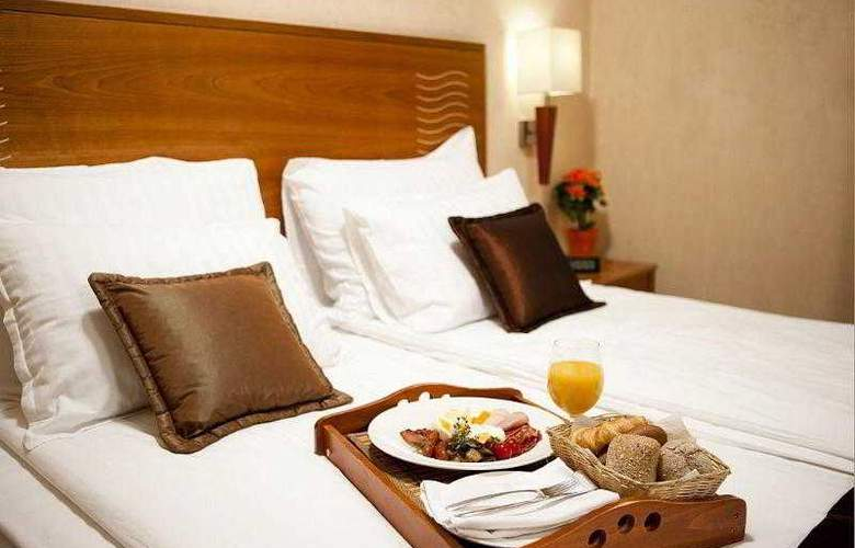 Best Western Premier Collection City Sofia - Hotel - 11