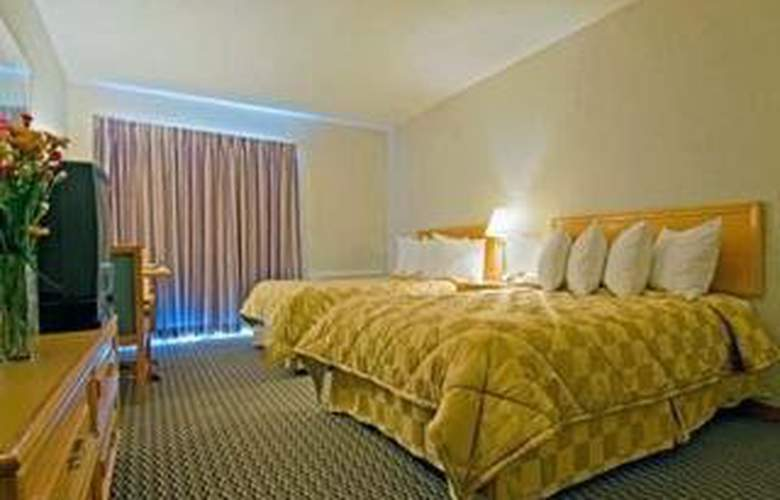 Comfort Inn (Kirkland Lake) - Room - 3