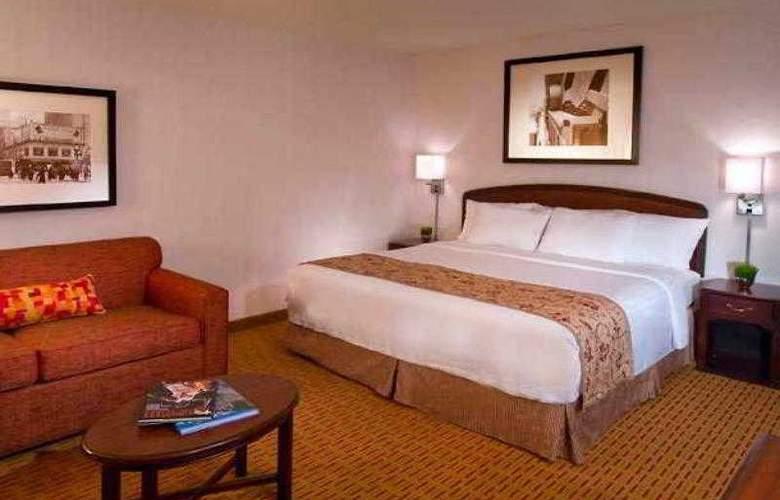 Courtyard Portland Southeast - Hotel - 40