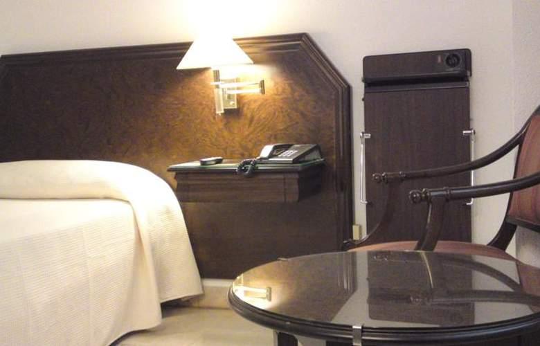 Turia - Room - 14