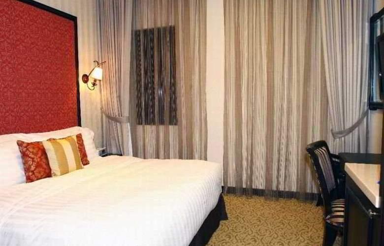 Nostalgia Hotel - Room - 4