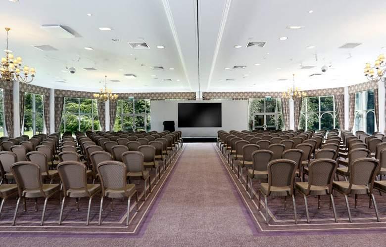 Macdonald Kilhey Court - Conference - 16