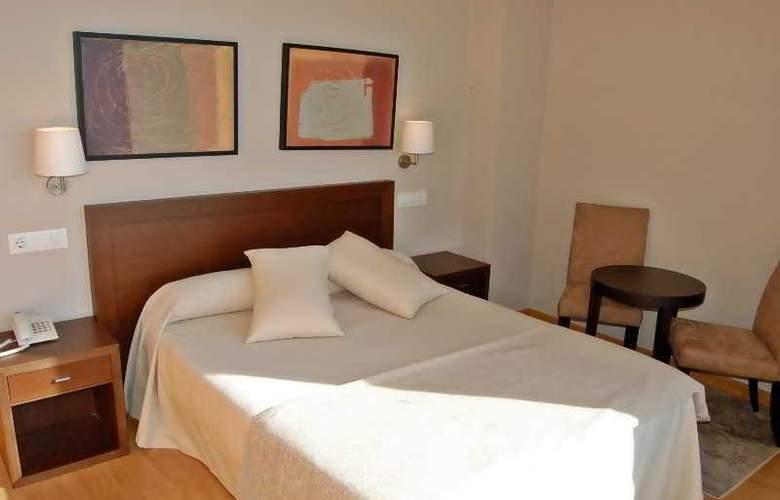 Playa de Osmo Apartamentos Turisticos - Room - 2