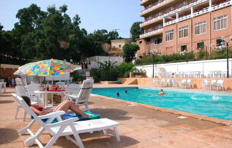 Rym El Djamil - Beach - 2