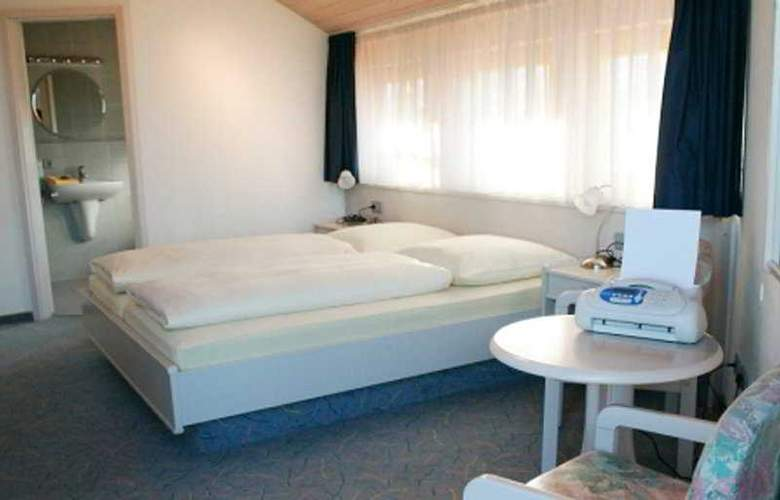 Crystal Garni - Room - 3