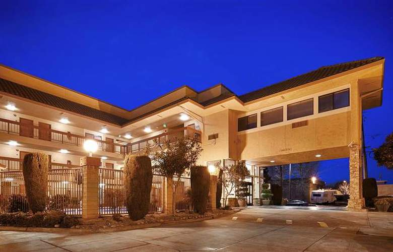 Best Western Plus Inn Of Hayward - Hotel - 8