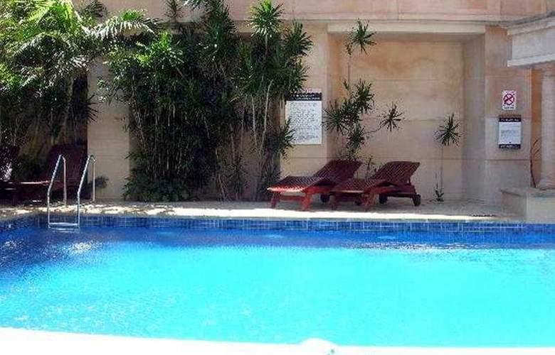 Duxton Hotel Perth - Pool - 4