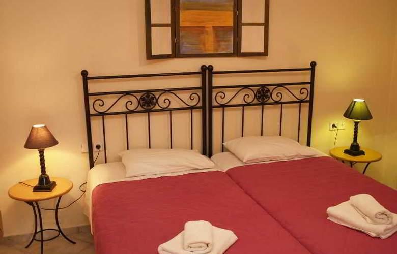 Ikaros Apartments - Room - 2
