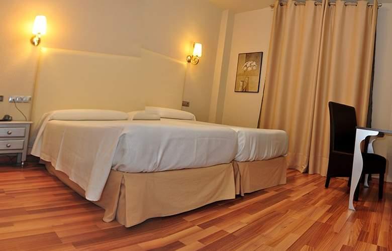 Doña Carmela Sercotel - Room - 14