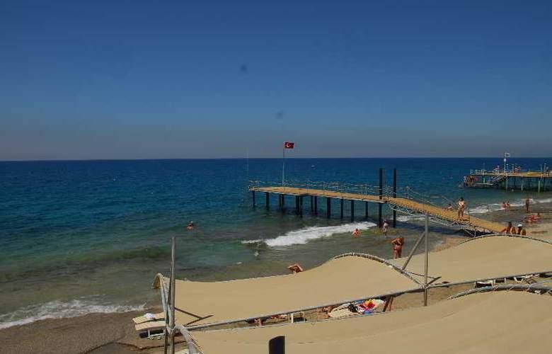 Mirabell - Beach - 3