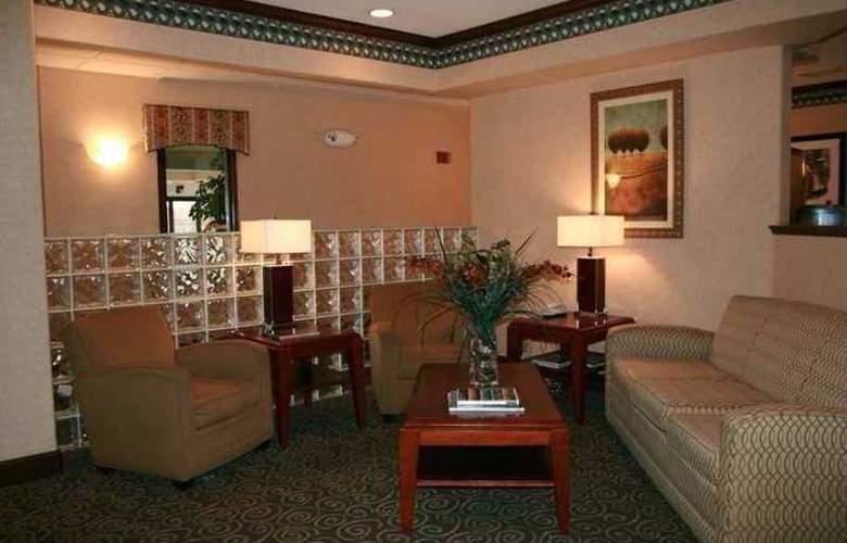 Hampton Inn Boulder/Louisville - Hotel - 1