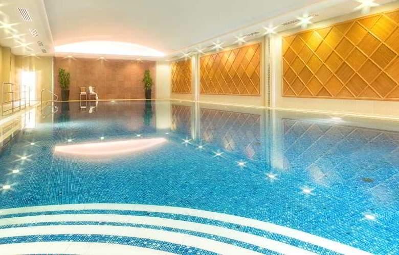 Killarney Park - Pool - 27