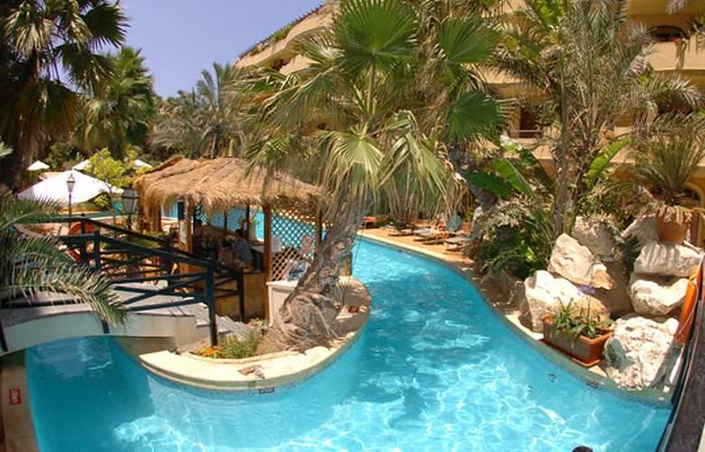 Fortina Hotel Spa Resort - Bar - 15