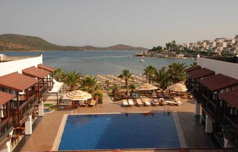 Bitez Han Hotel - Pool - 8