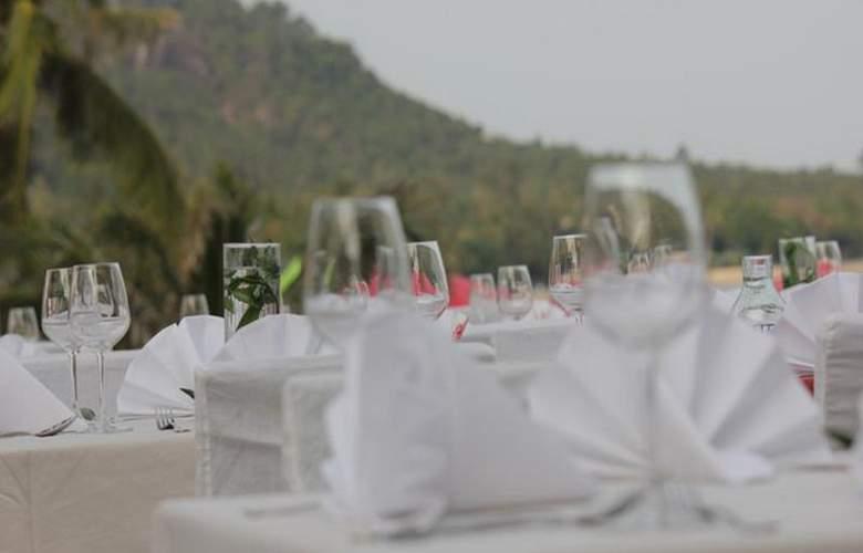 Weekender Resort - Restaurant - 31