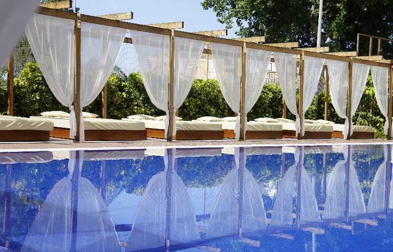Zafiro Tropic - Pool - 3