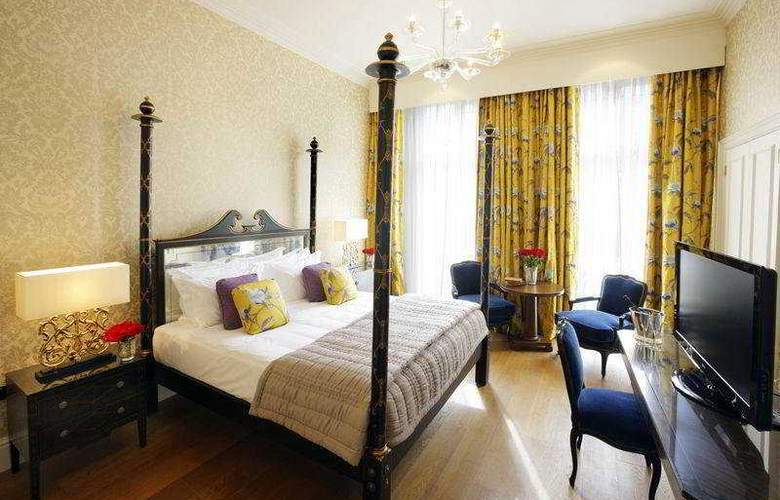 The Kensington Hotel - Room - 8