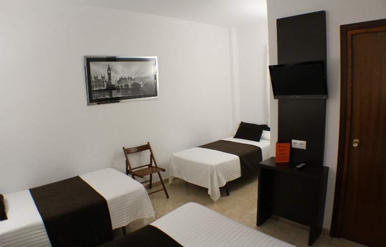 Marfany - Room - 12