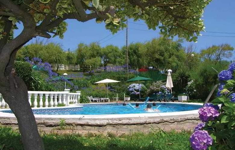 Arha Villa de Suances (antes Arha Albatros) - Pool - 3