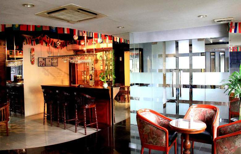 Jayakarta Tower - Bar - 12