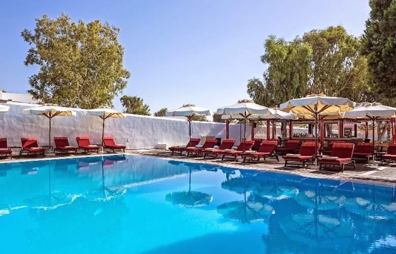 Kalisti Hotel & Suites - Pool - 21