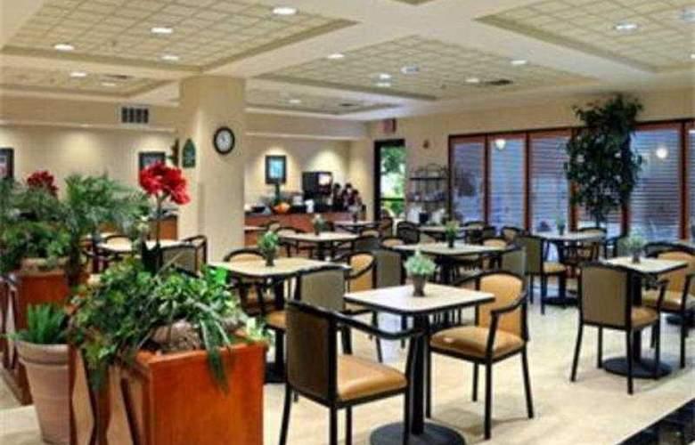 Wingate Dallas Love Field - Restaurant - 7