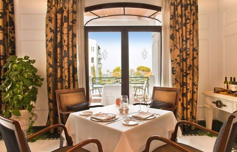 SH Villa Gadea - Restaurant - 25