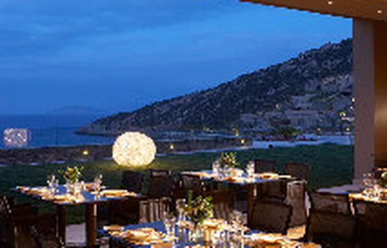 Daios Cove Luxury Resort and Villas - Restaurant - 10