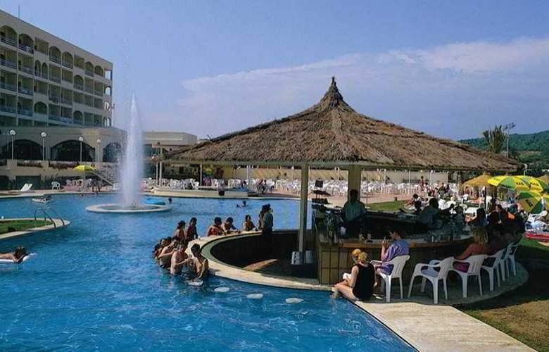 Olympic Park - Pool - 7