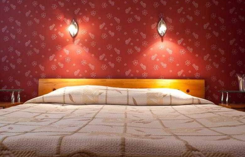 Light - Room - 3