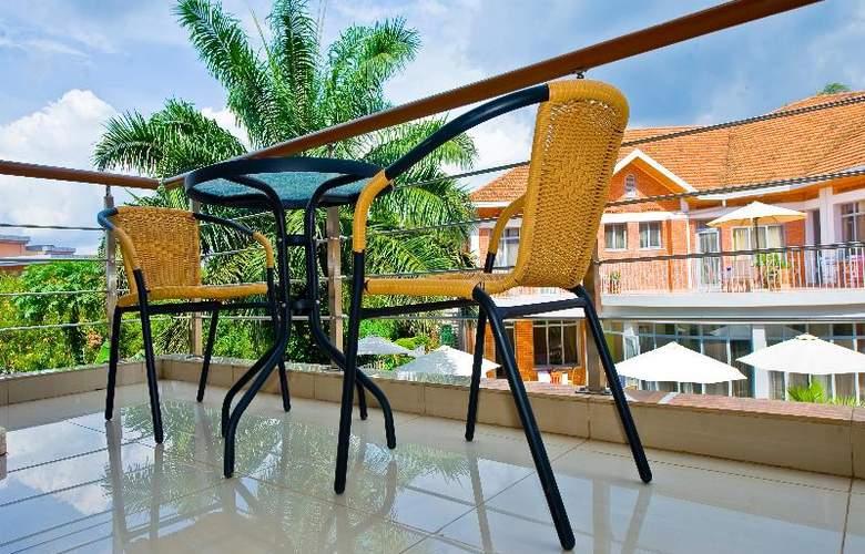 Urban by City Blue Kigali - Terrace - 5