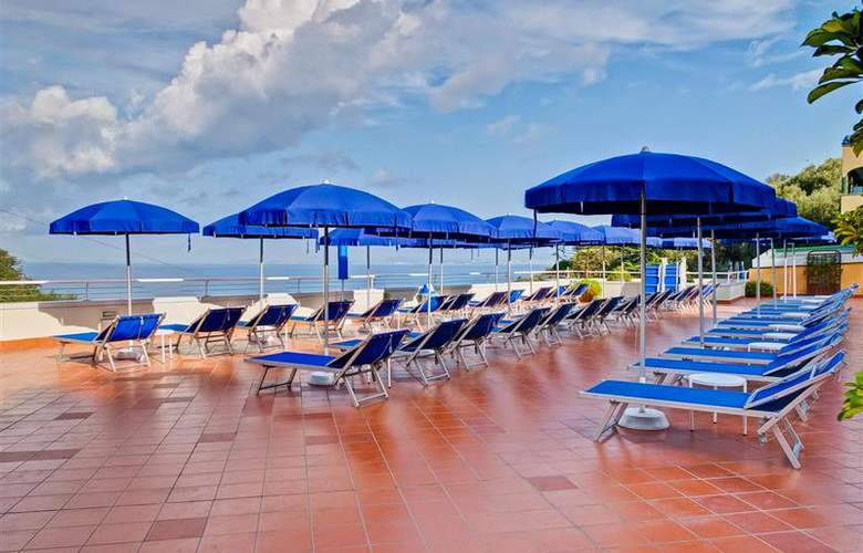 Best Western La Solara Sorrento - Pool - 29
