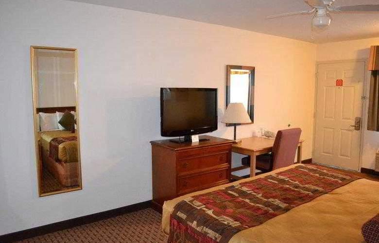Best Western Plus Orchard Inn - Hotel - 32