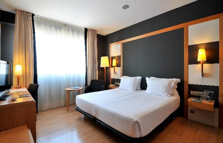 Barcelona Universal - Room - 43