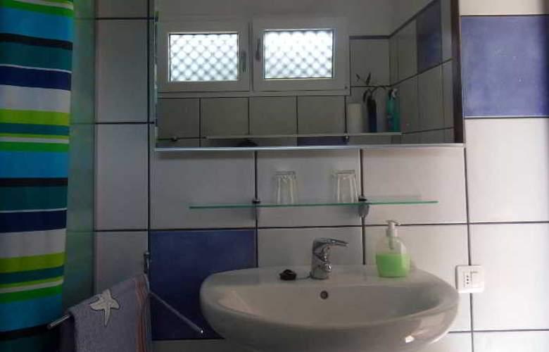 Apartamentos Miranda - Room - 19