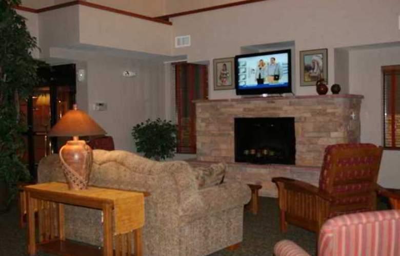Hampton Inn & Suites Los Alamos - Hotel - 0