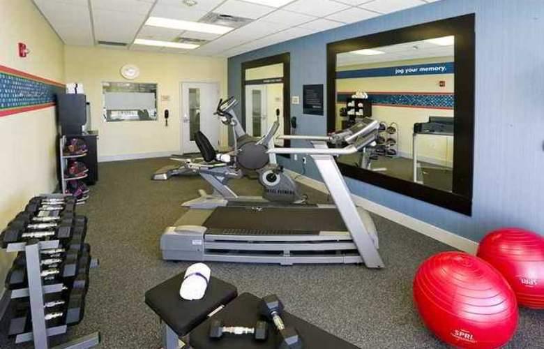 Hampton Inn & Suites Sarasota/Bradenton-Airport - Hotel - 7