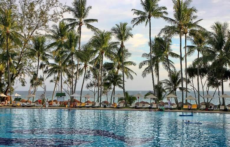 Le Meridien Phuket Beach Resort - Pool - 18