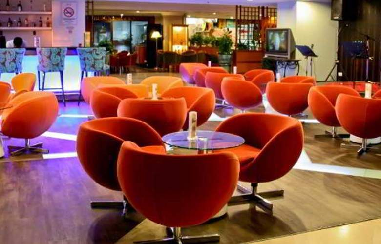 Promenade Hotel Sabah - Bar - 1